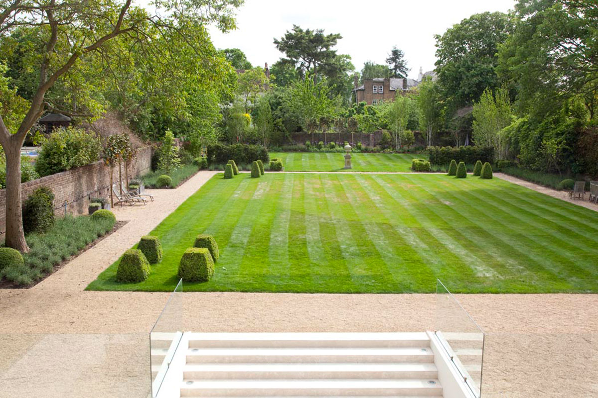 Paddy Boyce Designs Projects Hampton Court Garden